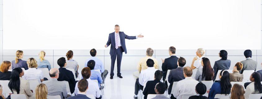 جلب توجه مخاطبان در سخنرانی